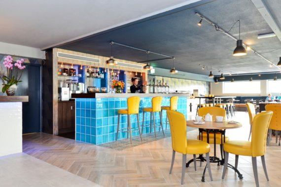 Nox Hotel Bar Counter